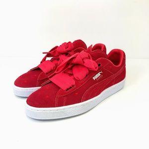 Puma Suede Heart Valentine Jr Sneaker Women's
